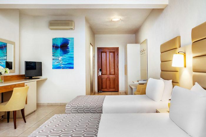 room-5-700x466